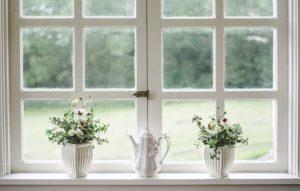 прозорец на кухня